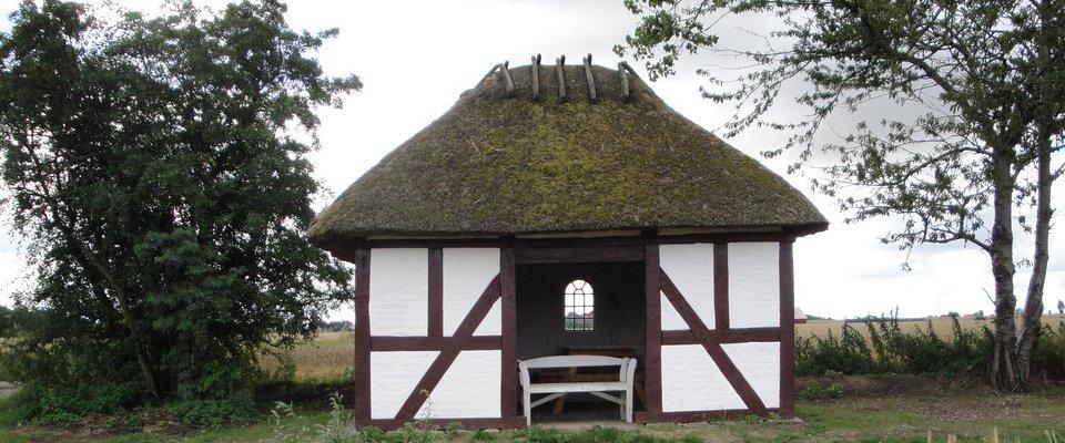 Bevaring af det gamle markhus er bare et af de lokale projekter. Læs mere på http://www.markhus.dk